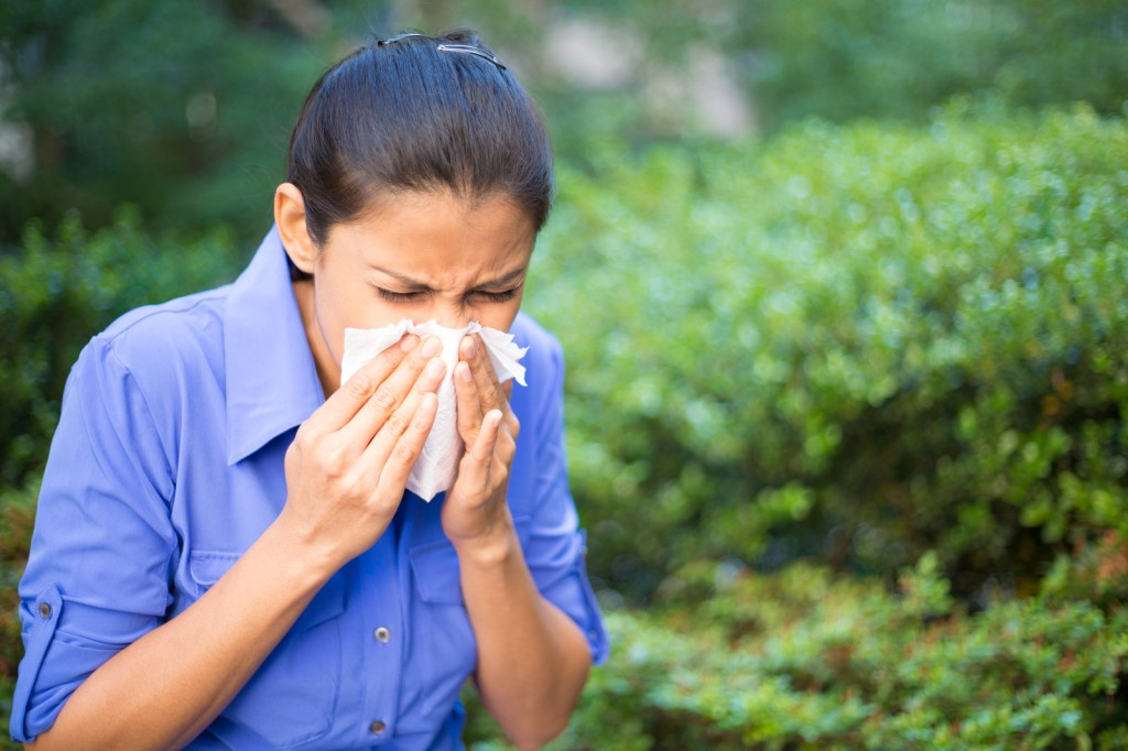 woman with a sinus infection sinusitis